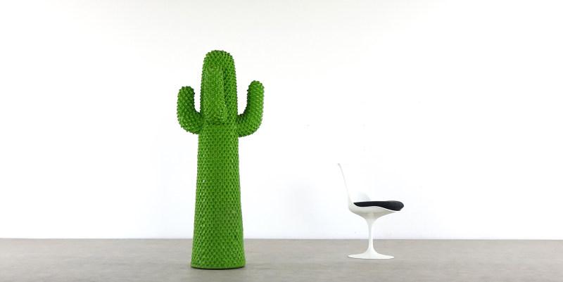 gufram cactus set view with saarinen chair