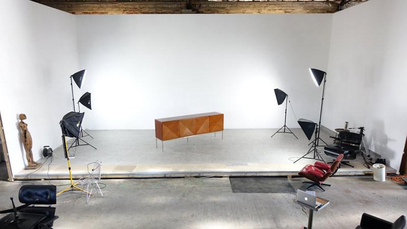 zorrobot.de studio photo Antoine Philippon Jacqueline Lecoq mise en scène du Sideboard Pointe de Diamant
