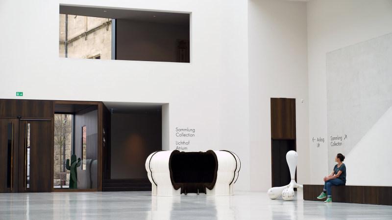 superstudio bazaar sofa entry view