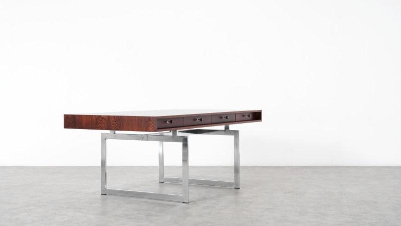 Bodil Kjaer Schreibtisch geschlossen