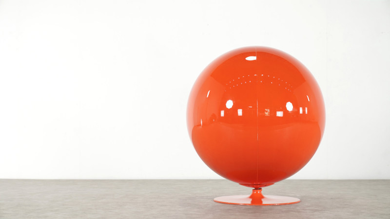 Backside of Eero Aarnio Ball Chair by Asko
