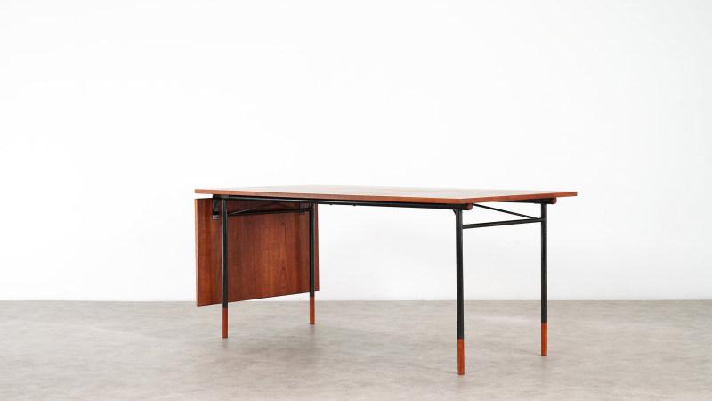Finn Juhl Nyhavn Table Side View