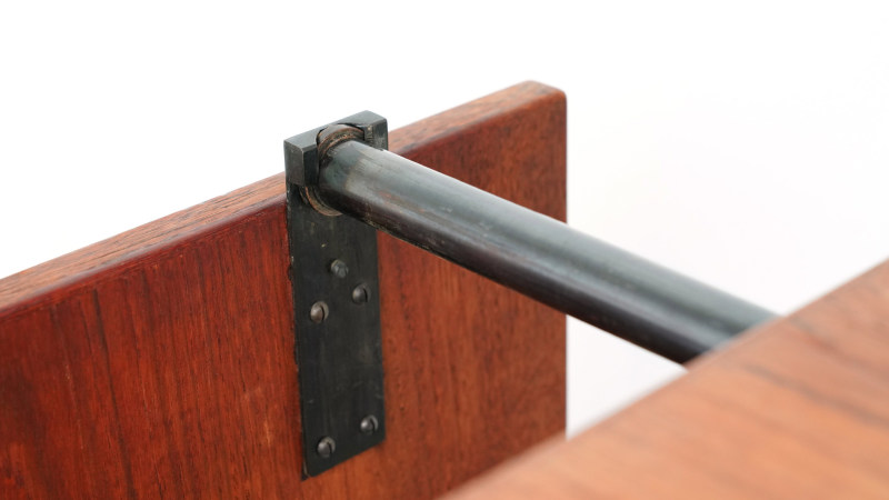 Finn Juhl Nyhavn Table Detail one