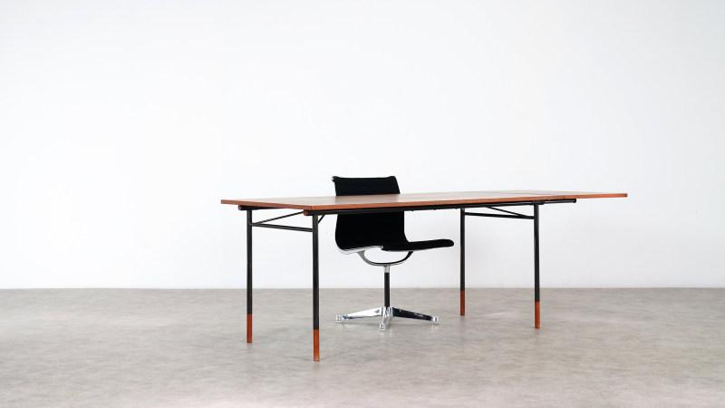Finn Juhl Nyhavn Table and Desk