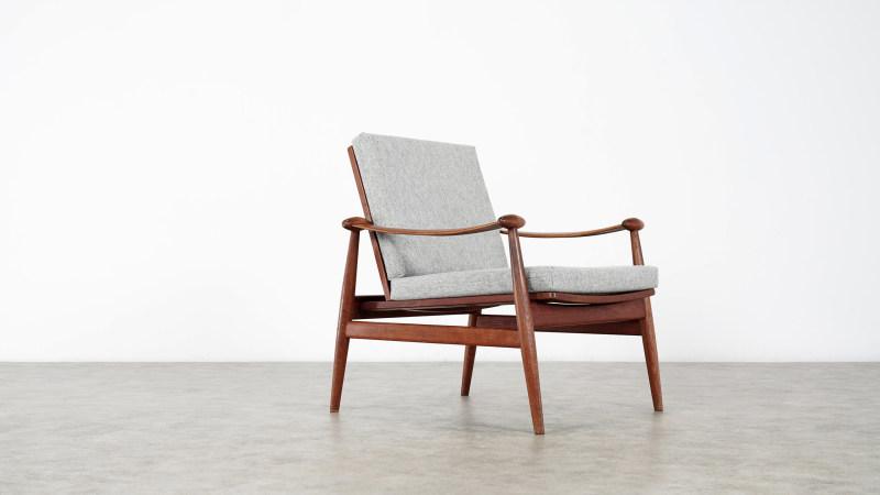 finn juhl spade chair side view 3