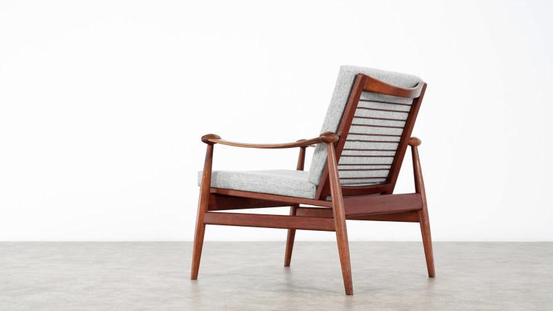 finn juhl spade chair back view closer