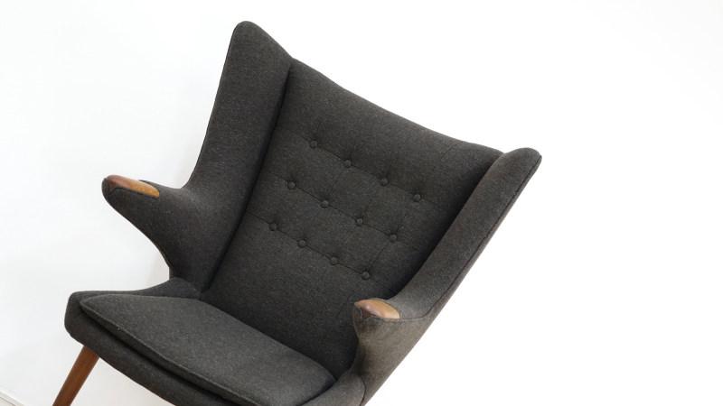 vintage hans wegner papa bear chair detail