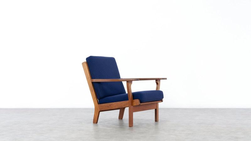 Hans Wegner GE320 Chair Getama Sideview