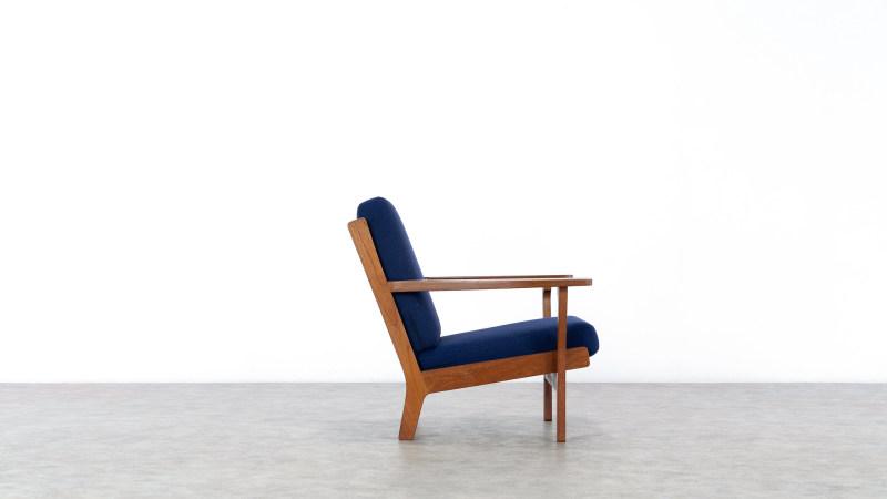 Hans Wegner GE320 Chair Getama Right Side