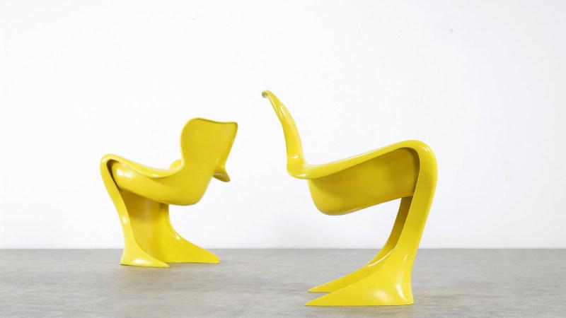 sideview Luigi Colani Chair
