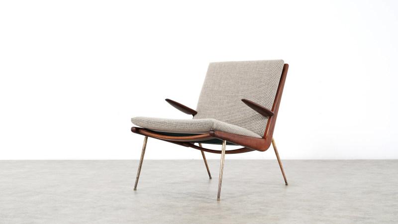 peter hvidt boomerang chair front view