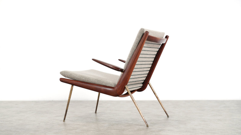 peter hvidt boomerang chair back view