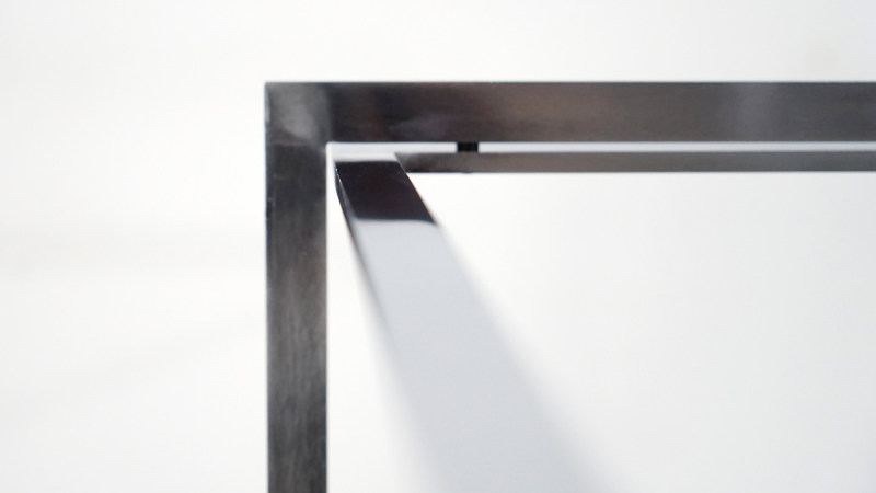 poul kjaerholm table steel detail