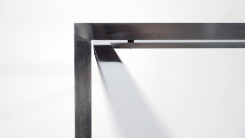 poul kjaerholm table steel detail