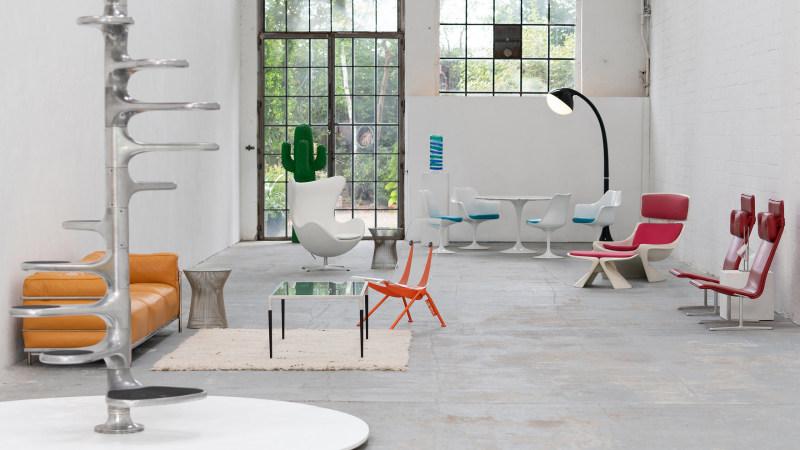 Saarinen Chair Sitzgruppe mit Tisch