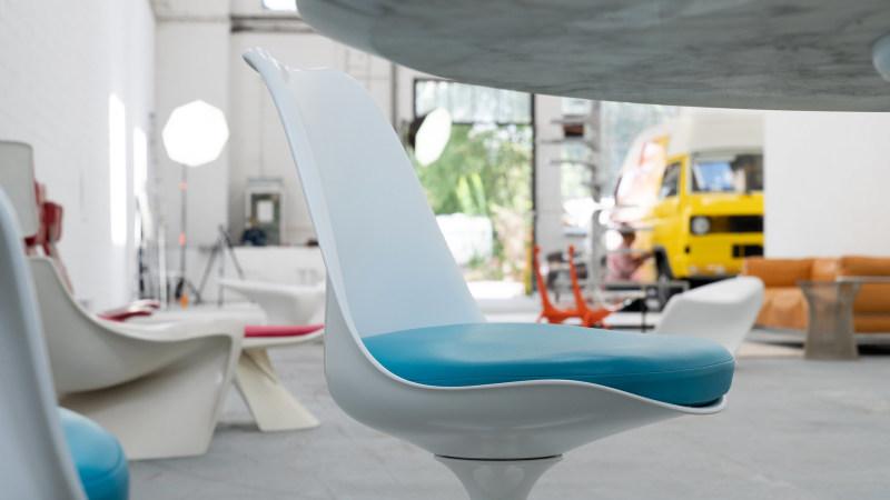 Farbdetail Ansicht Saarinen Stuhl
