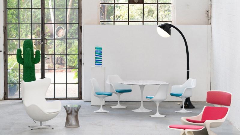 Saarinen Chair Sitzgruppe mit Leuchte