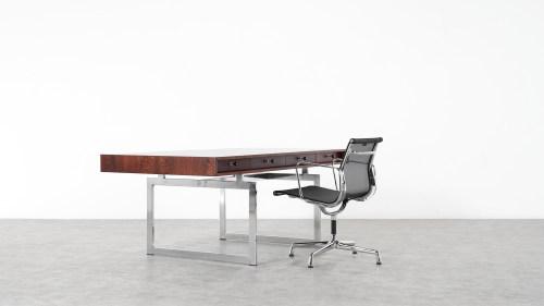 Bodil Kjaer Schreibtisch