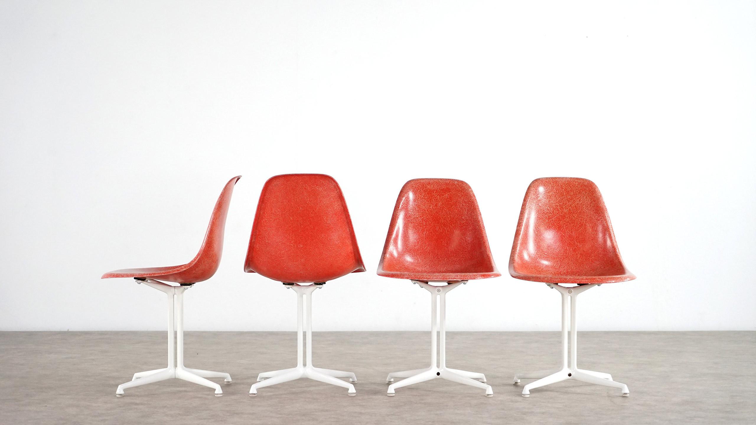 Charles Eames - Set of 4 La Fonda Sidechairs by Herman Miller