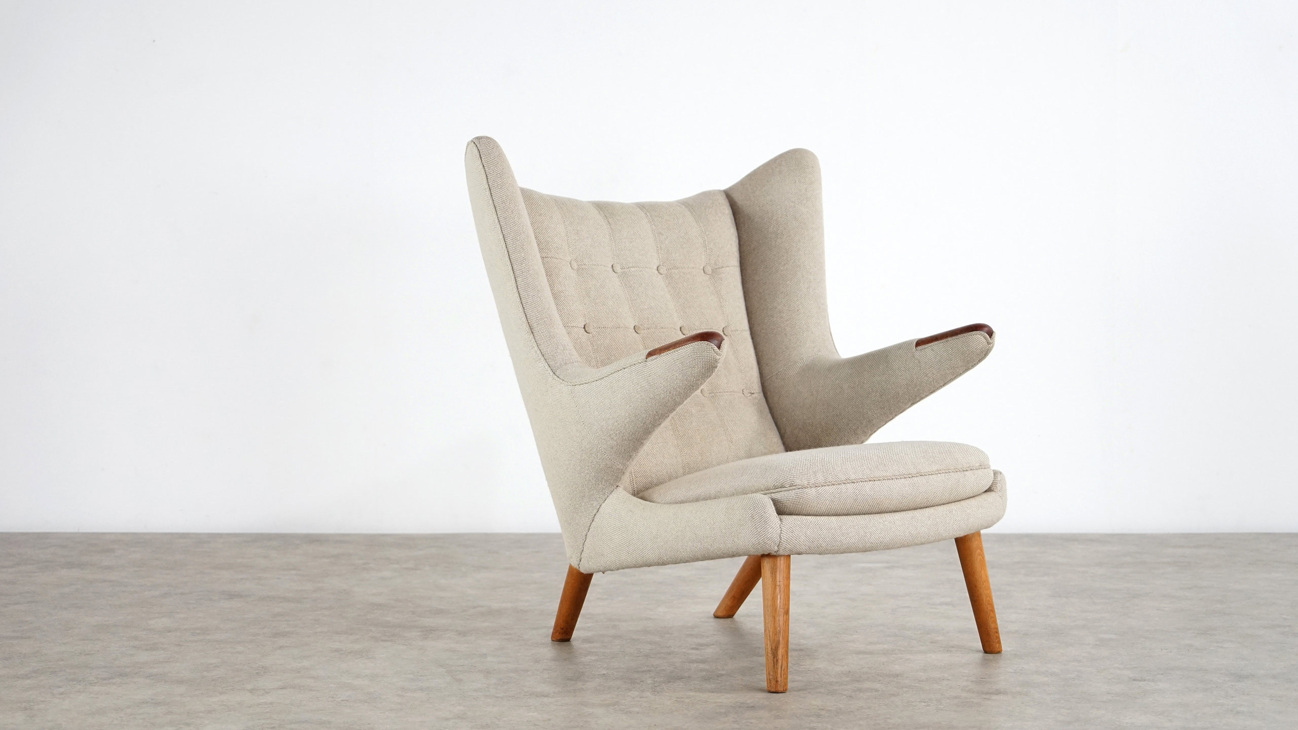 Hans J Wegner Papa Bear Lounge Chair Ap Stolen Sessel