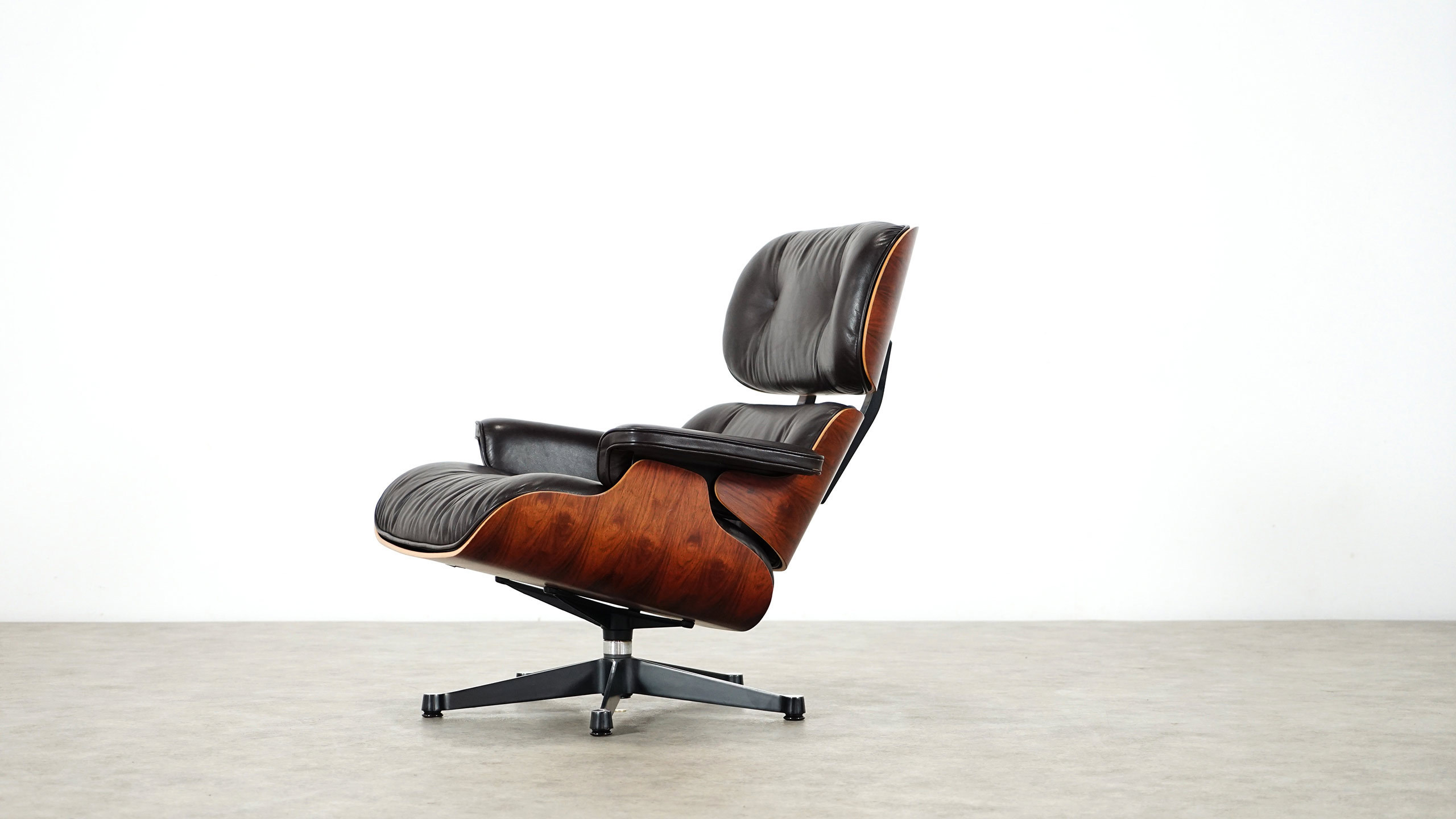 Vitra Chalres Eames : Charles eames lounge chair by herman miller vitra