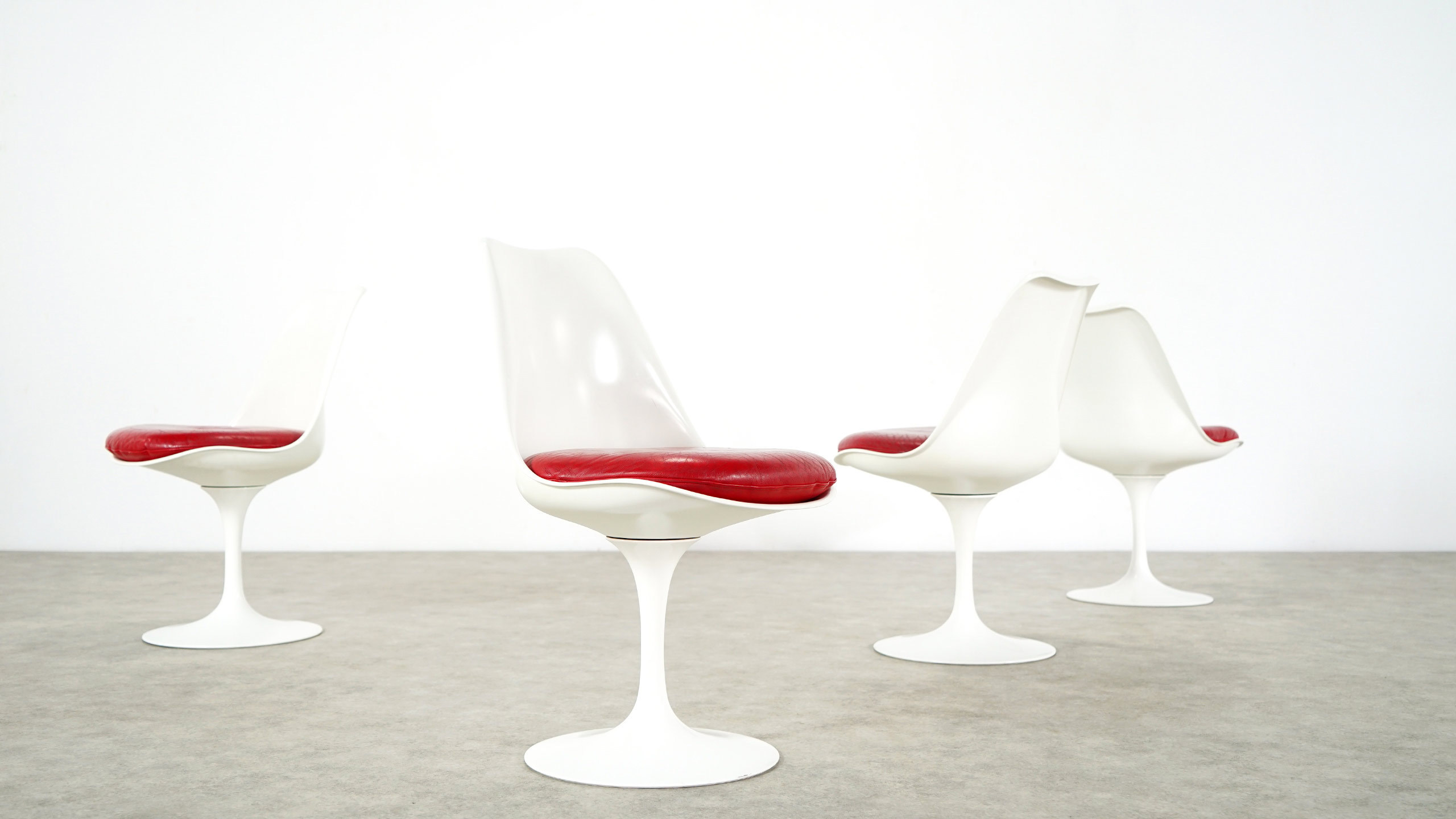 saarinen tulip chair. maße: w 19.29 inch, h 31.89 d 20.87 inch: 49 cm, 81 53 cm; designer: eero saarinen; hersteller: knoll international; preis: 3800,-\u20ac saarinen tulip chair